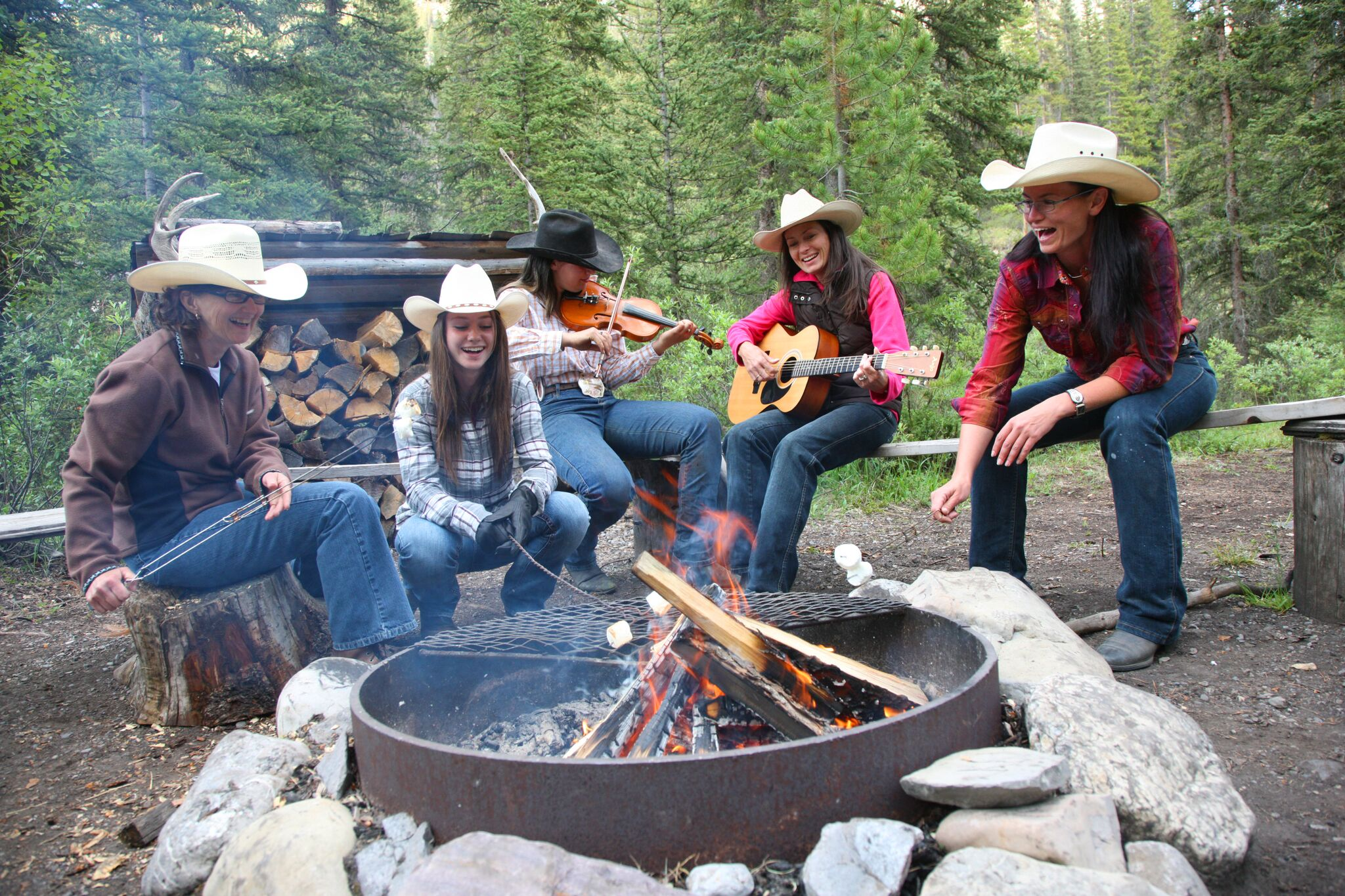 Couples Getaway Ontario >> » Horseback Ride-Cowboy BBQ Cookout